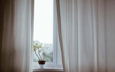 Sådan finder du nye gardiner til din stue